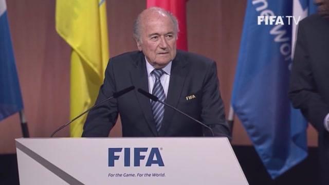Blatter bleibt
