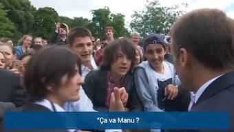 Während eines Auftritts wird Frankreich-Präsident Emmanuel Macron von einem Teenager aus seiner Sicht zu salopp angesprochen und weist ihn zurecht.