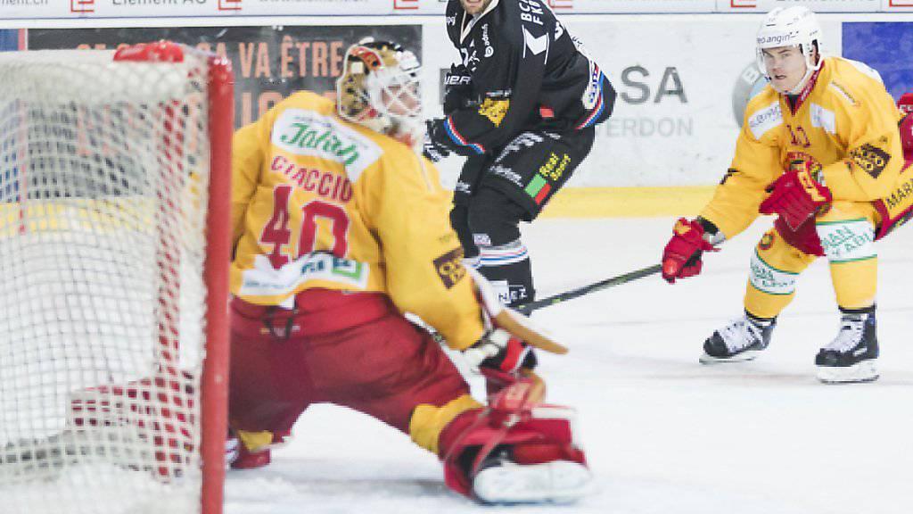 Langnaus Goalie Damiano Ciaccio erlebte eine enttäuschende Schlussphase