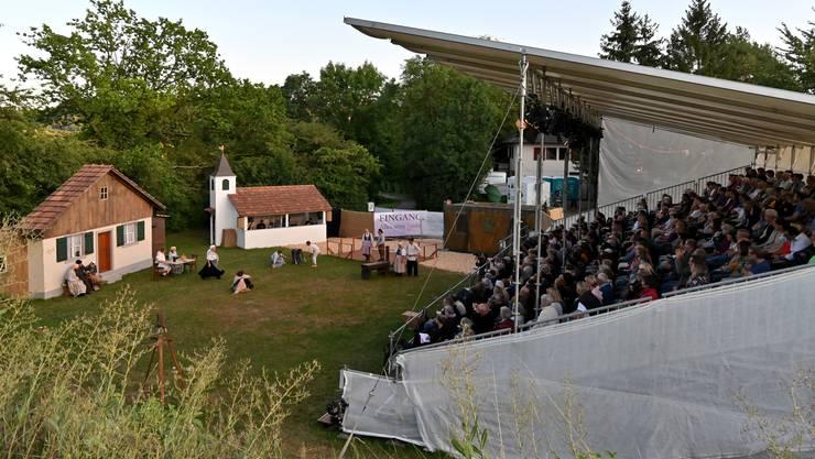 """Impressionen aus Erlinsbach: Das Freilichttheater """"Alles armi Tüüfel"""" feiert Premiere (14.08.2019)"""