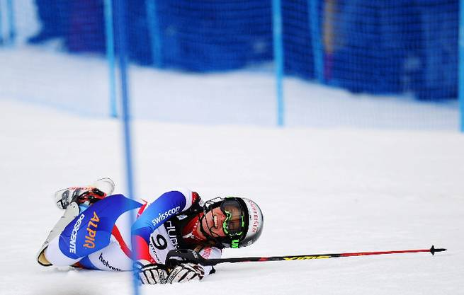 Schmerzen, Wut und Enttäuschung: Lara Gut nach ihrem spektakulären Sturz, der sie die Goldmedaille kostete. Clive Mason/getty images
