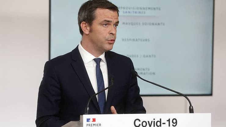 Erlaubt wieder Besuche in Alters- und Pflegheimen: Frankreichs Gesundheitsminister Olivier Véran im Hotel  Matignon  in Paris.
