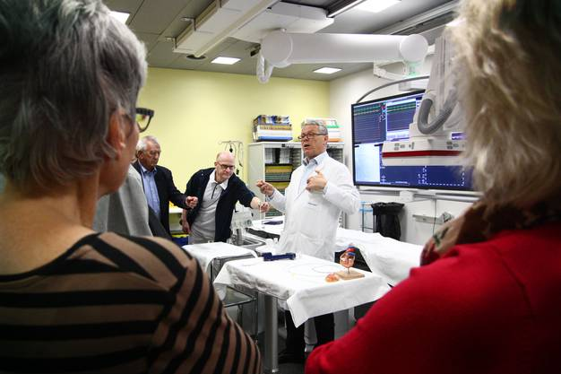 Kardiologie Christian Neuenschwander präsentiert die zwei neuen Herzkatheter-Labors. Kostenpunkt: 3,5 Millionen Franken.