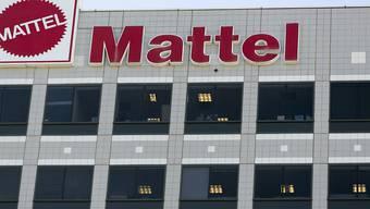 Meldungen über eine Fusion des Spielwarenkonzerns Mattel mit dem US-Spielzeughersteller Hasbro lassen die Aktien von Mattel in die Höhe schnellen. (Archivbild)