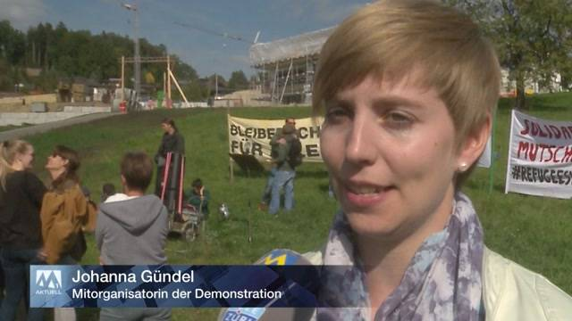 Demo in Oberwil-Lieli gegen SVP-Gemeindepräsident Andreas Glarner (27.9.2015)