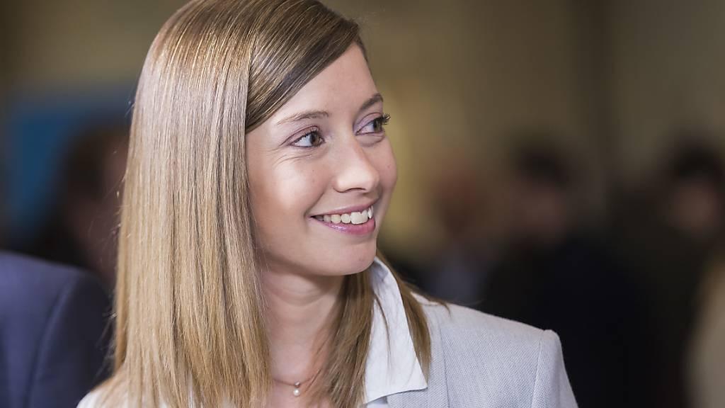Johanna Gapany tritt für die FDP im Kanton Freiburg im zweiten Wahlgang für den Ständerat an. (Archiv)