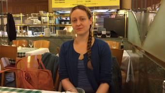 Die 31-jährige Elena Brotschi hat 2014 den Bachelor of Arts in Film an der Zürcher Hochschule der Künste absolviert.