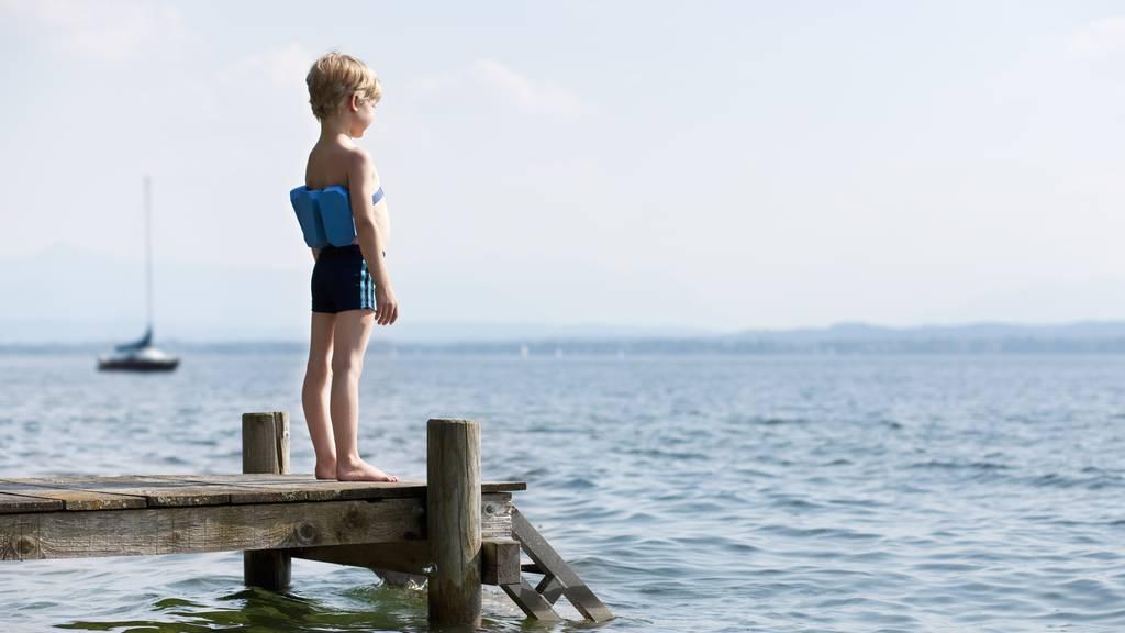 Pilotprojekt zeigt: Schwimmunterricht im See erhöht Sicherheit im Wasser