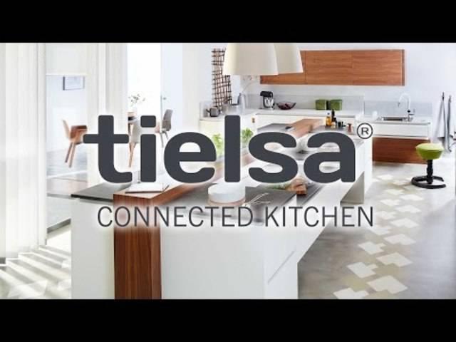Die ganz schön smarte Küche von «Tielsa» alarmiert in Notfällen sogar die Polizei.
