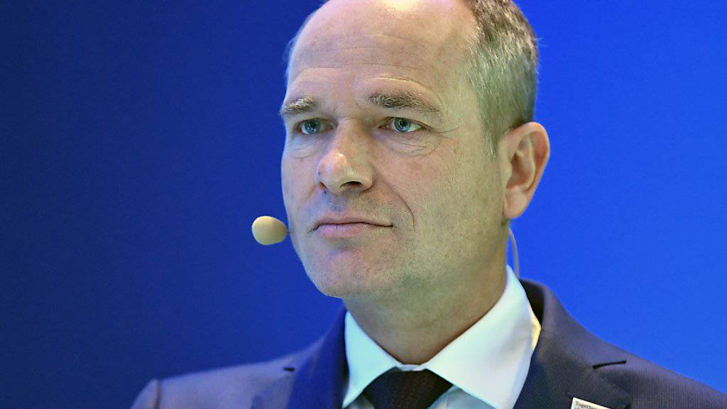 Nach Kritik an überhöhten Rechnungen zulasten der Schweizer Armee will Ruag-Chef Urs Breitmeier der Eidgenössischen Finanzkontrolle Einsicht in die Bücher gewähren. (Archivbild)