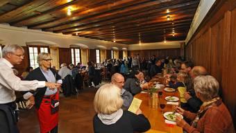 Rund 300 Personen waren am Samstagmittag im Kapuzinerkolster.