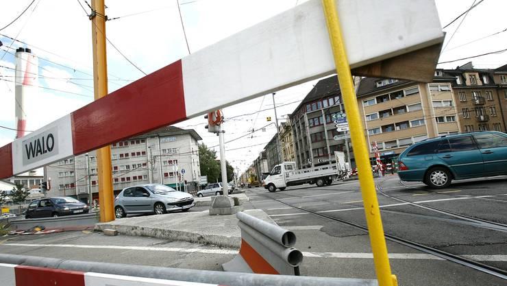 Blick vom Voltaplatz in die Elsässerstrasse.