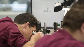 Die 14 Firmen, die dem GAV unterstellt sind, beliefern vor allem die Uhrenindustrie. (Archiv)
