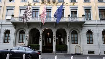 Der Tatort: Hotel Les Trois Rois.