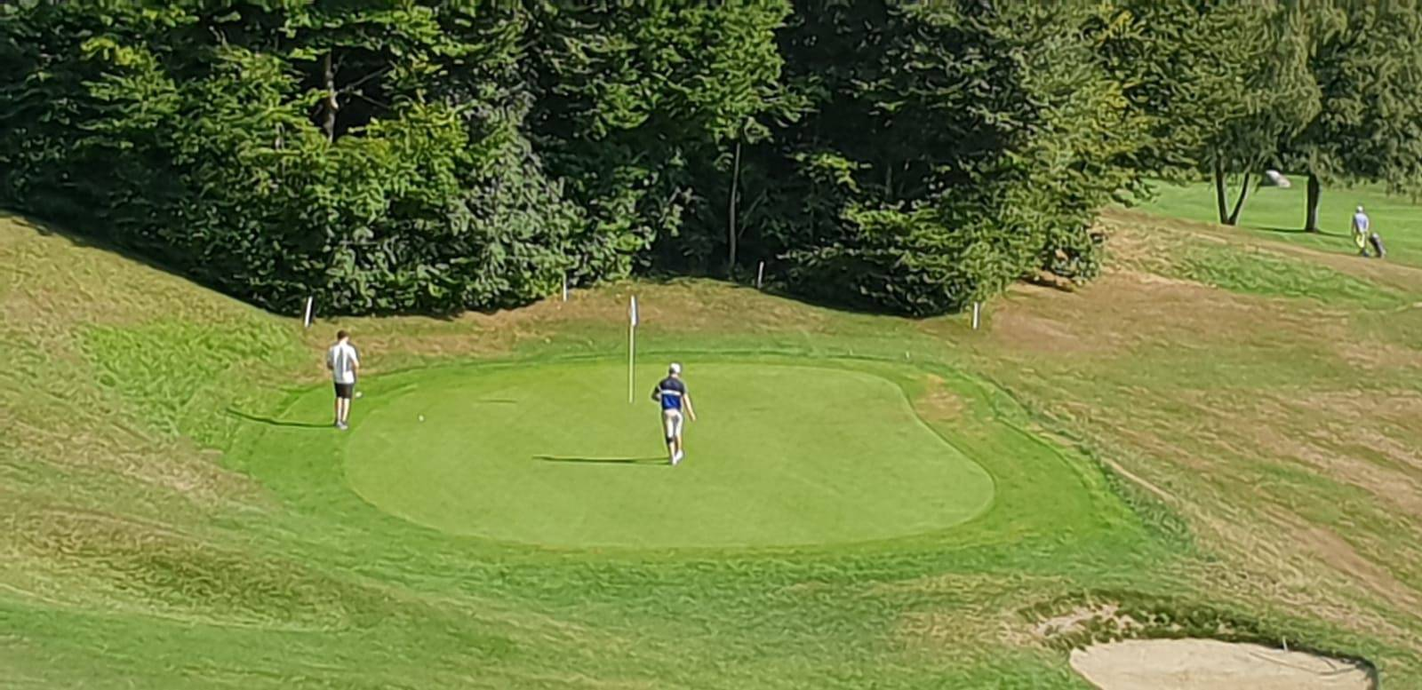 Justin Timberlake spielt Golf beim Dolder Grand (© von Radio 24)