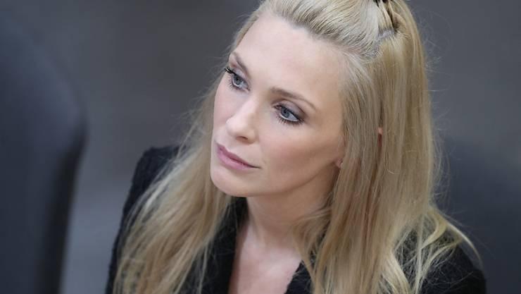 Sitzt gegen den Willen ihrer Partei im österreichischen Parlament: die freie Abgeordnete Philippa Strache, Gattin des wegen der Ibiza-Affäre in Ungnade gefallenen Heinz-Christian Strache.