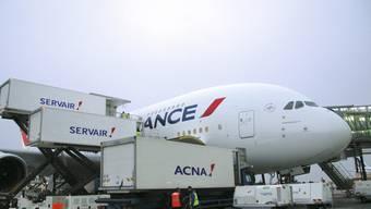Air France stösst seine Flugverpflegungssparte ab. Neue Besitzerin von Servair ist die ehemalige Swissair-Tochter Gategroup.