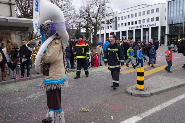 Umzugsende mit der Feuerwehr