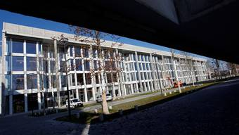 Die geplante Ansiedlung des Europa-Hauptsitzes von DePuy Synthes in Zuchwil wird den Synthes-Neubau «füllen». Archiv