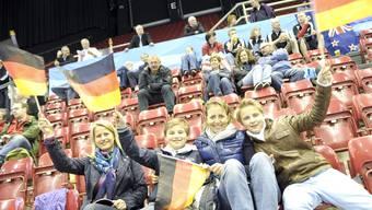 Die Fans an der Curling-WM in der St.Jakobhalle