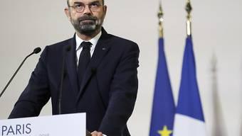 Premierminister Edouard Philippe will Gas geben.