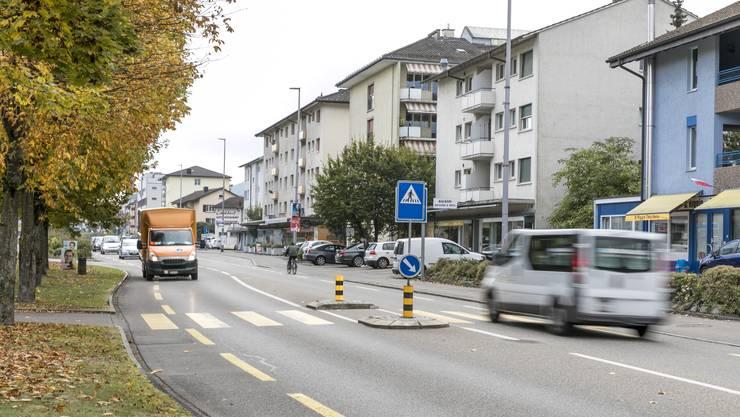 Die Limmattalbahn soll auf der Zürcherstrasse durch Neuenhofs Zentrum verkehren.