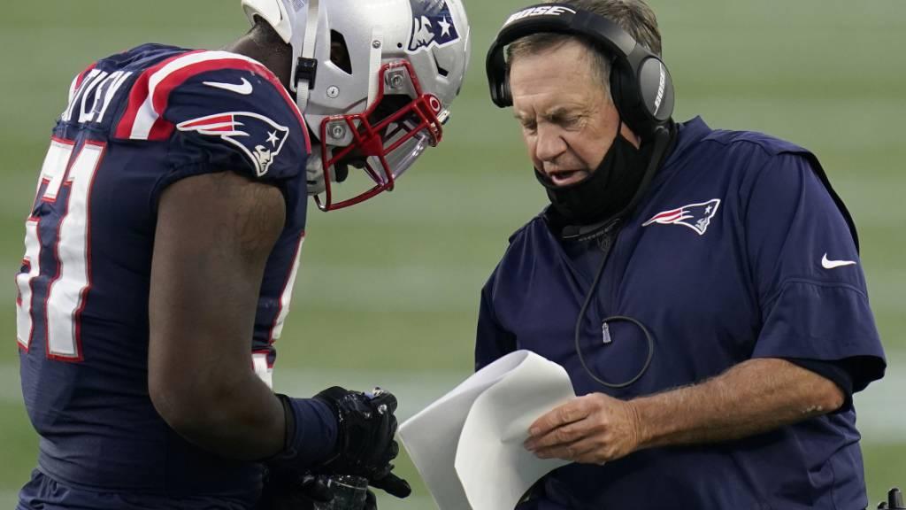 Headcoach Bill Belichick muss mit den Patriots dringend Lösungen finden