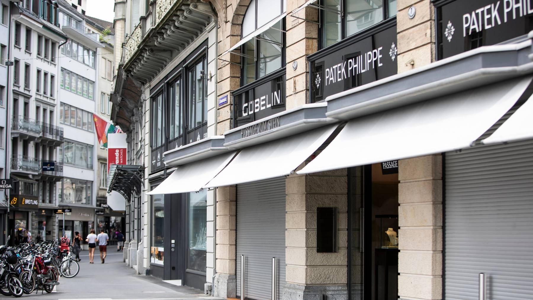 Das Gübelin-Geschäft am Luzerner Schwanenplatz.