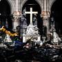 Um die Notre-Dame-Kirche wiederaufzubauen, erfassen Spezialisten auch Form und Lage der Trümmerteile in Datenbanken.