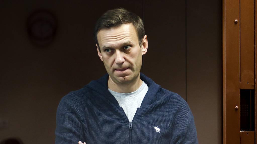 ARCHIV - Russland bezweifelt, dass es einen Anschlag mit dem international verbotenen chemischen Kampfstoff Nowitschok auf Alexej Nawalny gegeben hat. Foto: -/Babuskinsky District Court/AP/dpa - ACHTUNG: Nur zur redaktionellen Verwendung im Zusammenhang mit der aktuellen Berichterstattung und nur mit vollständiger Nennung des vorstehenden Credits
