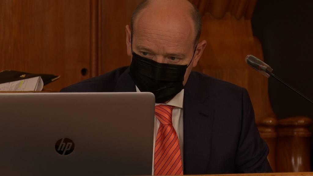Höhere Parkgebühren und weniger Sanierungen: Gemeinderat präsentiert Berner Sparplan