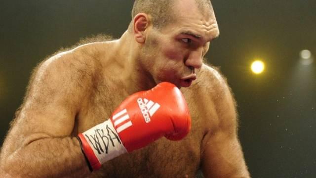 Nikolai Walujew ist zum Weltmeister ernannt worden