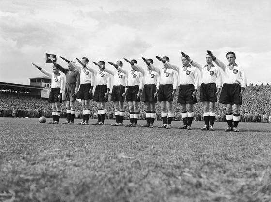 «Es grenzte an Hochverrat und Majestätsbeleidigung», erzählte der Deutsche Spieler Helmut Schön später.