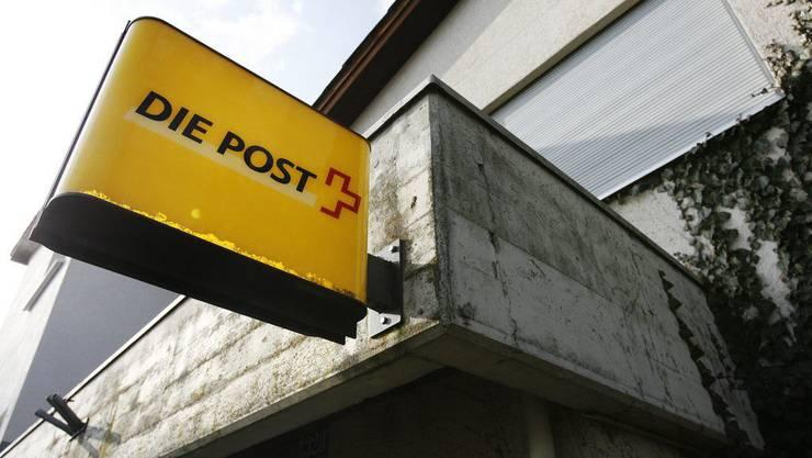 Ein Unbekannter hat versucht, die Poststelle in Wettingen zu überfallen. (Symbolbild)