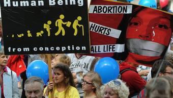 Abtreibungsgegner demonstrieren in Zürich im September 2012