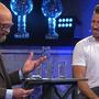 Marcel Hirscher (r.) gibt in der vom ehemaligen Liechtensteiner Skifahrer Marco Büchel moderierten Livesendung auf ORF 2 seinen Rücktritt bekannt.