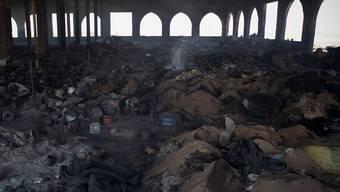 Der vor zwei Wochen ausgebrannte Markt in Gao (Archivbild)