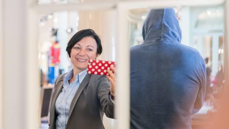 SP-Nationalrätin Yvonne Feri begegnet einem Bordellmanager aus dem Mittelland
