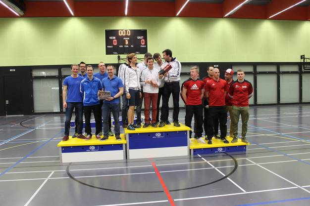 Hinter dem TV Untersiggenthal konnte der 2. Rang erreicht werden.  v.l. Daniel Bold, Steve Treier, Lui Auchter, Pascal Neuenschwander, Reto Jehle