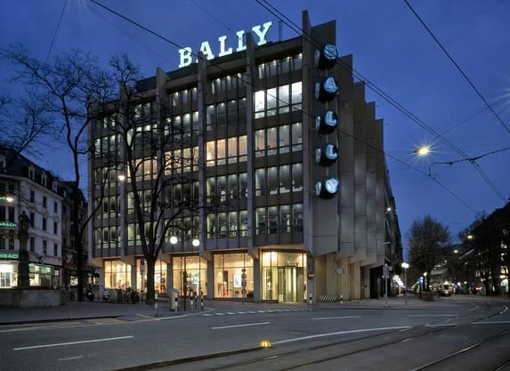 Vor dem Umbau betrieb das Schuhaus Bally eine Filiale im Gebäude.