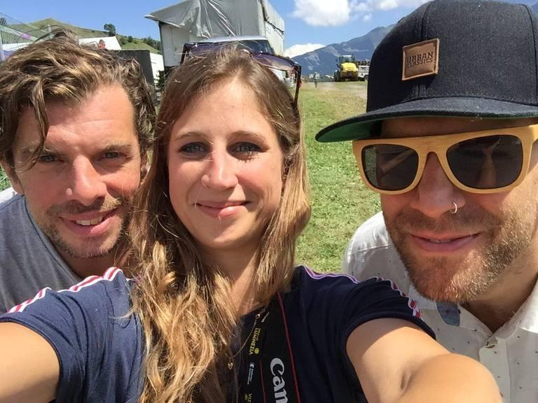 Lara Abderhalden hatte vor dem Konzert die Gelegenheit mit Rüde (links) und Flo (rechts) ein Interview zu machen.