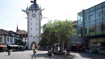Auch der neu gestaltete Schlossbergplatz wird als gutes Beispiel städtischer Planung erwähnt.
