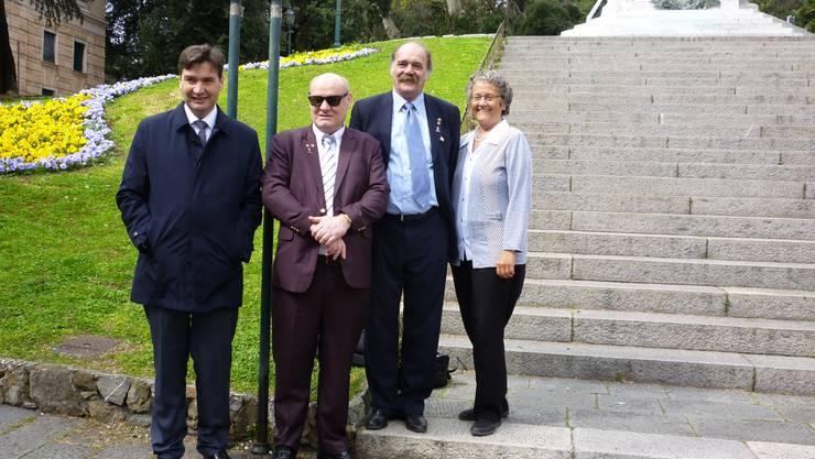 Von links: Stadtpräsident François Scheidegger, Gemeinderat Ivo von Büren, Milton Faulhaber (Präsident des Partnerschaftsausschusses) und Stadtschreiberin Luzia Meister.