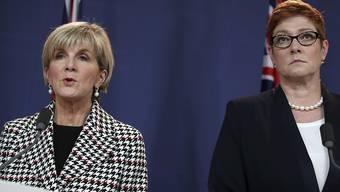 Nachfolgerin von Aussenministerin Julie Bishop (links) wird Marise Payne. (Archivbild)