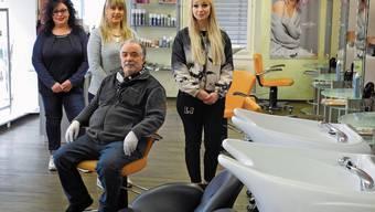Giuseppe «Pino» Sciammacca und sein Team dürfen einen Monat keine Kunden im Salon bedienen.