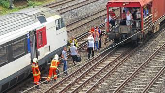 Explosion in Regionalzug legt Bahnverkehr lahm