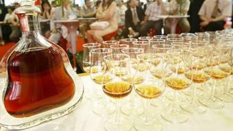 Das hochprozentige Getränk ist im Reich der Mitte wieder gefragt. (Archivbild)