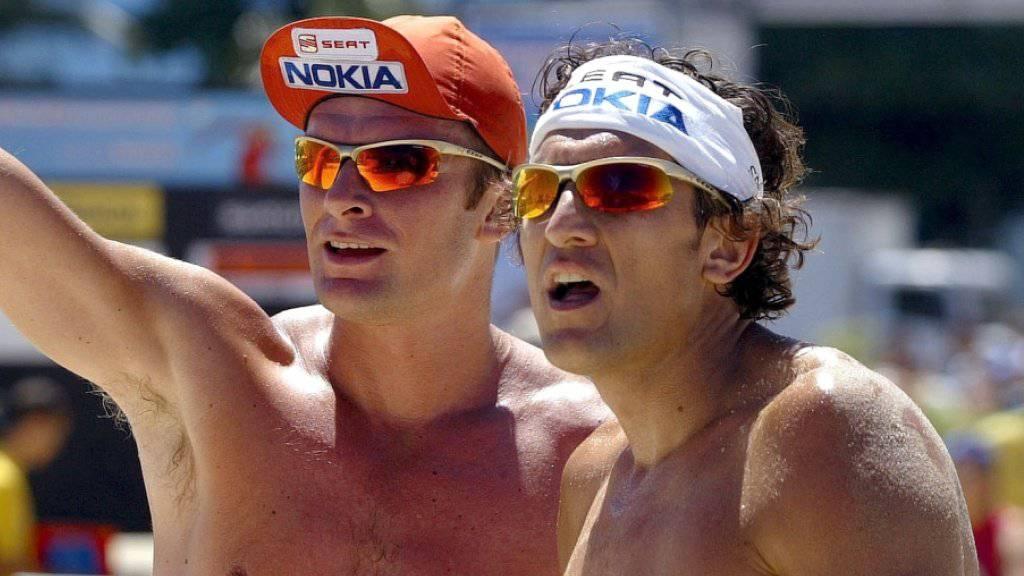 WM-Medaillen gab es für die Schweizer Beachvolleyballer bislang erst zweimal: 1999 sicherten sich die Gebrüder Martin und Paul Laciga (im Bild) Silber, sechs Jahre später schaffte es Paul Laciga in Berlin an der Seite von Sascha Heyer erneut als Zweiter aufs Podest