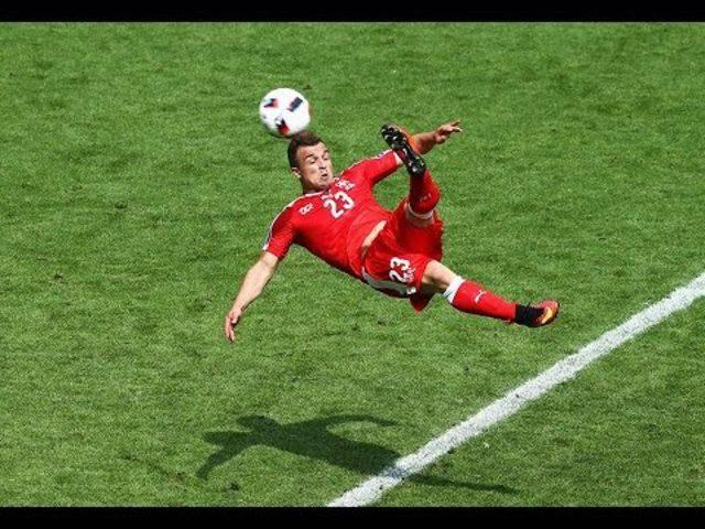Shaqiris Fallrückzieher gegen Polen an der EM 2016