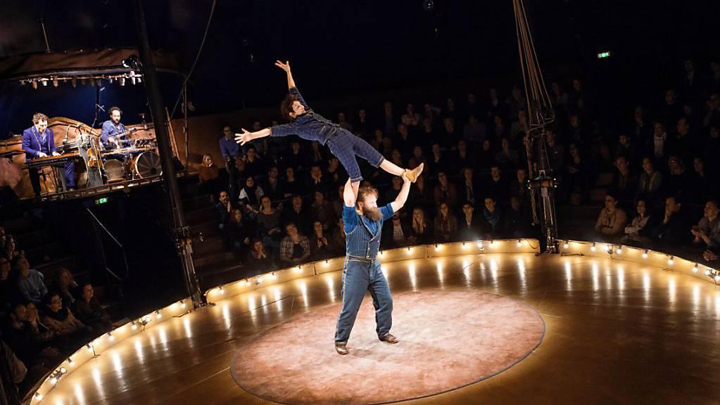 Die Basler Theaterfestivalmacher haben trotz Coronakrise ein Programm gestemmt, unter anderem mit dem Nouveau Cirque Trottola aus Frankreich.